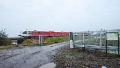 Photo of Hek bij onbewaakt spoorwegovergang Scheemda doelwit van vandalisme