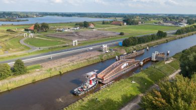 Photo of LIVE: Volg het plaatsen van brugdeel Blauwe Loper via deze livestream