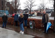 Photo of Onthulling van 'Street Art' prullenbakken in de Johan Modastraat in Winschoten