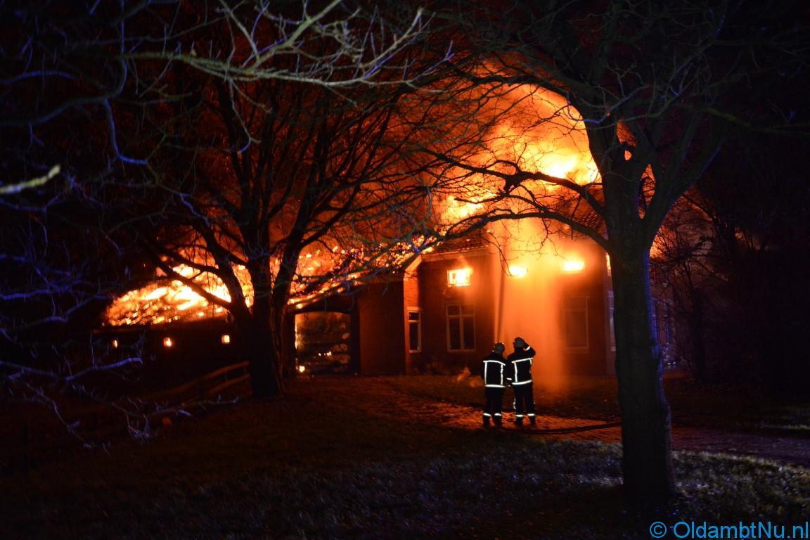 Photo of Regio: Brandweer redt dieren uit vlammenzee Wedde