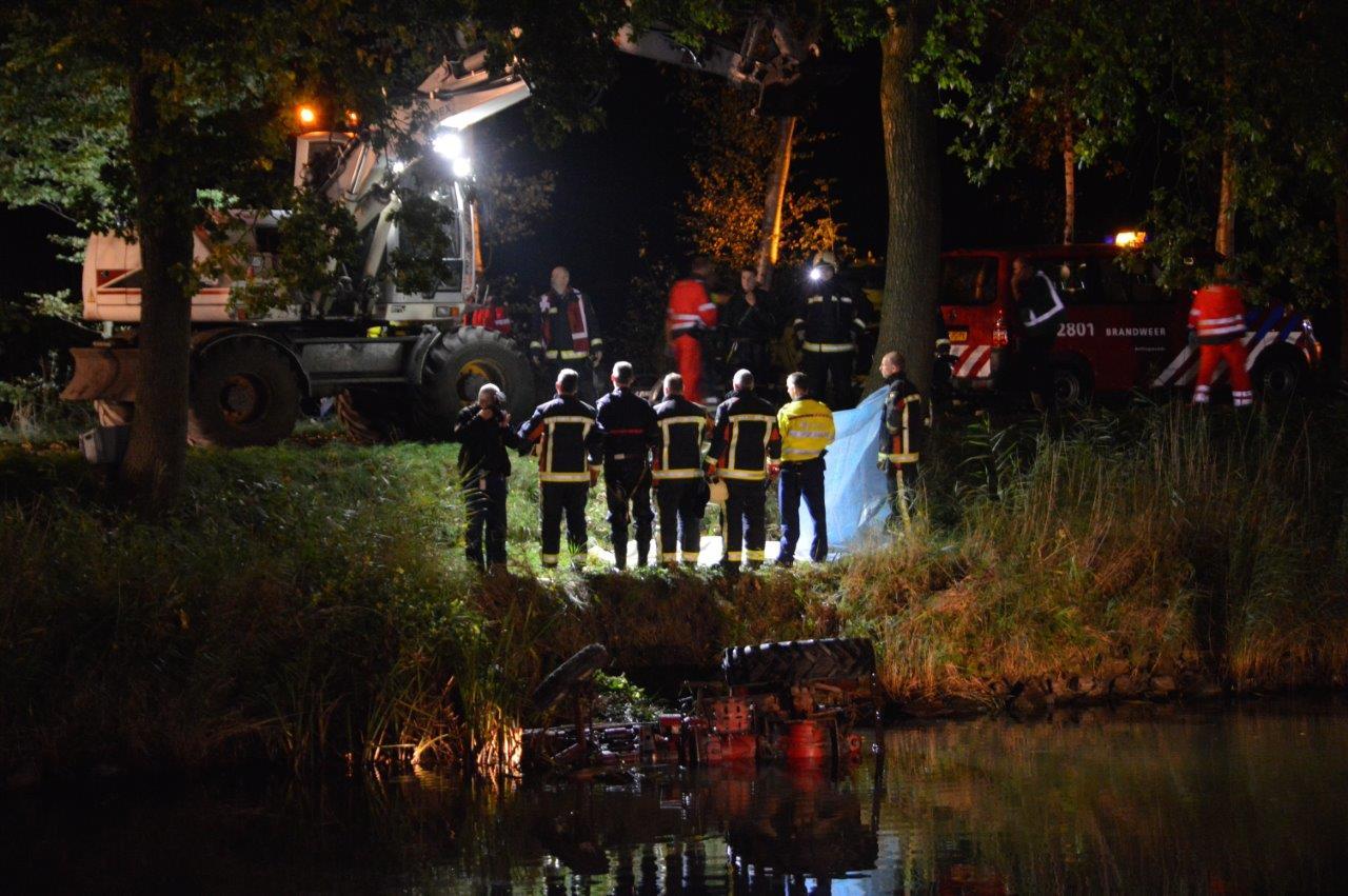 Photo of Regio:16-jarige komt om bij tractor ongeval Bellingwolde